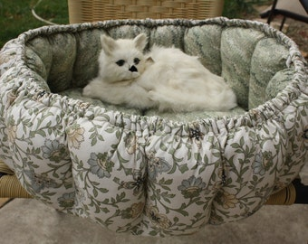 Cat Bed, Sage Green Cat Bed, Small Dog Bed, Pillow Bed, Luxury Cat Bed, Round Cat Bed, Indoor Pet Bed, Fabric Cat Bed, Colorado Catnip Bed