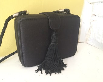 Jessica McClintock Black Tassel Box Purse / Evening Bag / Simple Elegance / Small