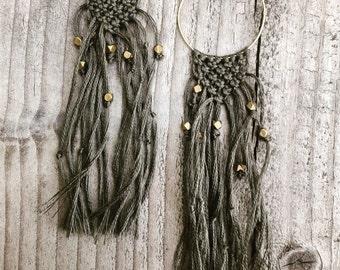Boho macrame earrings in grey and gold