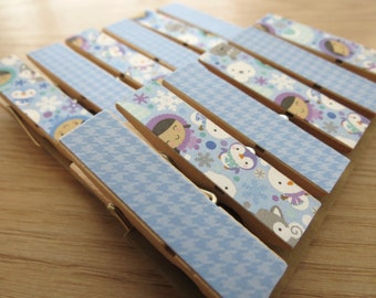Eskimos Baby Seals and Winter Friends - Chunky Clothespin Clips Set of 12 w Twine for Clothesline