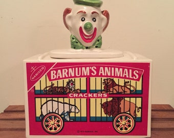 Mccoy Vintage Nabisco Barnums animal cracker clown head cookie jar collectible