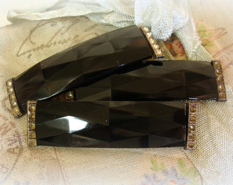 ONE genuine antique victorian era faceted jet glass mourning pin NEEDS rhinestones
