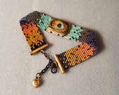 Peacock feather pattern bracelet