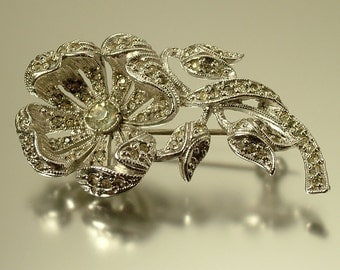 Vintage/ estate 1950s / 1960s, chrome plated and paste/ rhinestone / diamante flower costume brooch / pin - jewelry jewellery UK seller