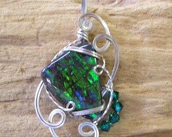Green Yellow Ammolite Sterling Wire Sculpted Pendant