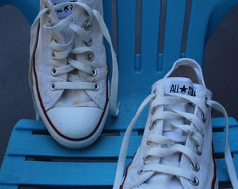 VINTAGE Chuck Taylor CONVERSE All Star shoes USA ladies size 8