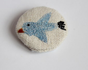 little animals pin - blue bird