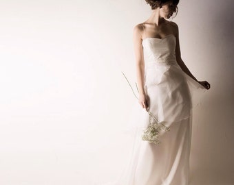 Wedding dress, White wedding dress, Reception dress, Simple wedding dress, Bohemian wedding dress, Classic wedding dress, High low dress