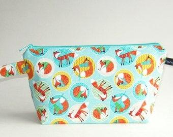 Wedge Bag, Small-Project Knitting Bag, Foxy Fashions