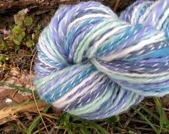 Air, handspun wool, silk, nylon glitter yarn, 1.2 oz/36 g, 88 yds/80 m