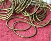 Handmade antique brass irregular organic oval link size aprox 23x18mm, 12 pcs (item ID YwFA00011ABV)