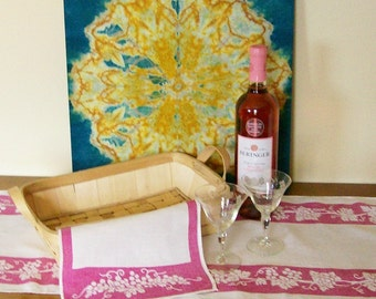 Vintage Linens Grapevine Stencil Design Table Runner + Napkin Casual Wine & Dine Set of 2