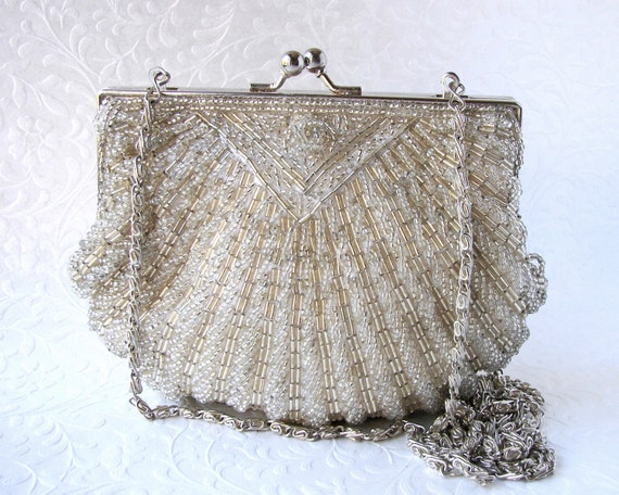 Classic Vintage La Regale Beaded Shell Purse Champagne Silver Glass Bead Handbag Formal Wedding Clutch Cocktail Evening Bag Long Chain Strap