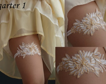 Bridal Garter,embroidered garter--size M/L