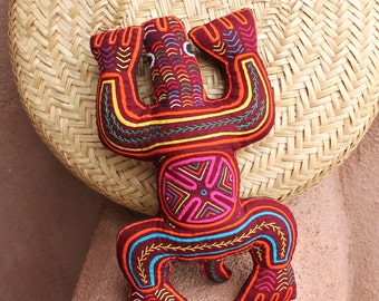 Seriously Stellar, Indigenous Tribal Textile Mola Turtle Pillow - Hand Sewn Kuna Indian Reverse Applique