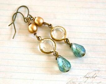 Romantic vintage style crystal  teardrop earrings. Tiedupmemories