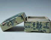 Old Chinese porcelain lidded box Qianlong with character markings