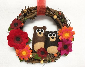 Bear Wreath, Autumn Wreath, Fall Door hanger, Two Bears, Autumn Blooms, Hostess Gift, Housewarming