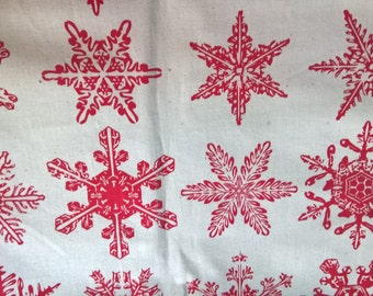Christmas Red Snowflakes - fat quarter
