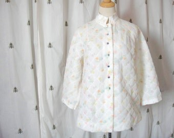 Vintage Floral Quilted Bed Jacket, White with Colorful Flowers, Mandarin Collar, Long Sleeves, Size 38, Large, Pockets, Mid-Century