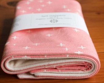 Pink Baby Burp Cloths; Organic Cotton Burping Cloths; Baby Girl Shower Gift; Modern White Stars Baby Accessories; Gifts under 20; Pink Wink