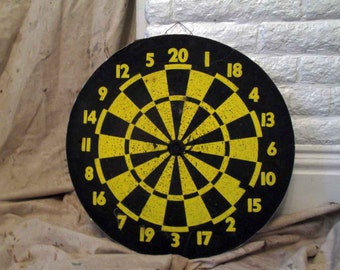 vintage pub dart board vintage yellow black bullseye  baseball dart board pin notes play games
