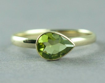 Gold Peridot Ring, Solid Gold Ring, Pear Cut Stone, Stackable Ring, Apple Green Stone, August Birthstone Jewelry, Free Courier Shipping