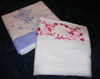 Cutter Pillowcase Lot of 2 Minor imperfections - Great for Crafts P0526g