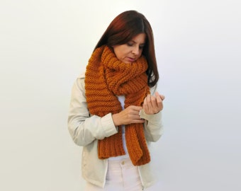 Chunky Scarf Knitted in Golden Yellow Soft Blend Wool - Man - Woman