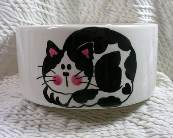 Medium Cat Bowl Black & White Cat and Paw Prints Inside 20 Oz. Ceramic by Gracie