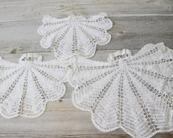 Angel Wing Crochet Doilies, Three White Doillies, Skirtten Doily, set of 3
