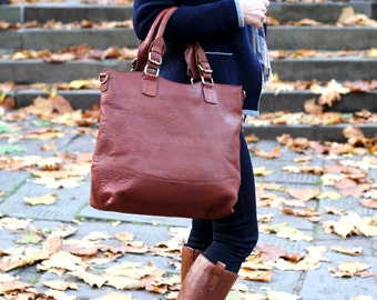 Large Leather Tote, handbag purse in tan