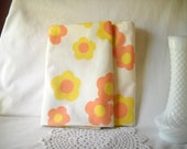 Vintage Pillow Cases Wamsutta Superlin Pillowcases Groovy Floral Bedding Retro Bedroom