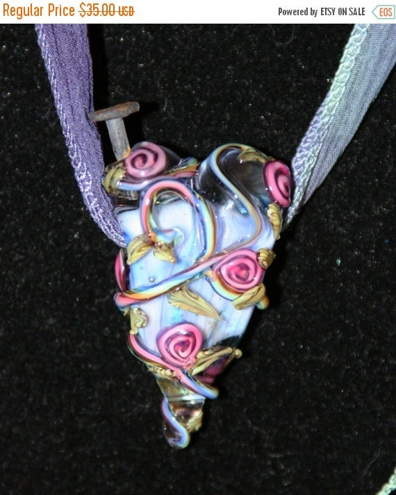 HUGE SALE Nailed Through the Heart Valentine SRA Lampwork DeSIGNeR NecKlAcE Silk Glass Nail Broken Heart