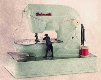 Sewing machine print, Seamstress Gift, sewing machine print, needle threader, gift for seamstress, seamstress art, sewing room decor