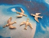 Gold Plated Frosted White Patina Swallow Brass Bird Charms 299WHT x4