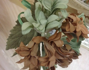 Handmade Vintage millinery flower bunch new old stock pristine Green and Tan hat trim