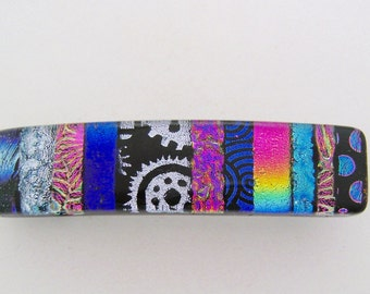 Small dichroic barrette.