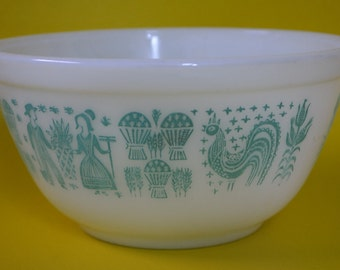 vintage | pyrex amish butterprint mixing bowl 401
