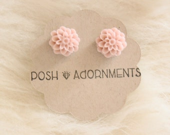 Taupe Petite Chrysanthemum Earrings