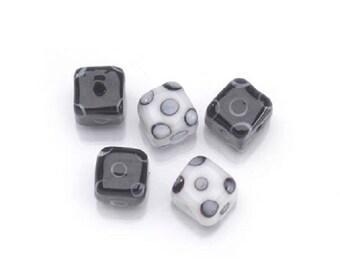 Porcelain Focal Square Beads Black & White 10mm - 5 beads fnt
