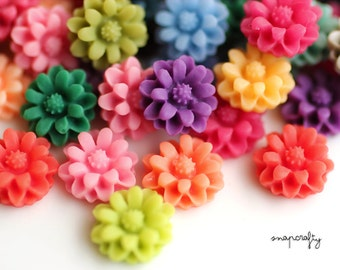 20pc matte daisy resin flower cabochons / 12mm small flower flat back cabs / pastel + bright colors / flower embellishments / assorted mix