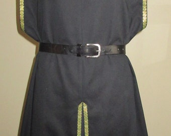 "Surcoat, Ready Made, Black Twill with Gold and Green Norse Trim, 50"" Chest, Large"