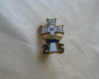C D of A Cross Pin Brooch 25 Years Enamel White Blue Gold Vintage Christian