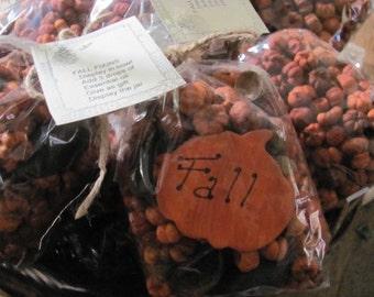 Putka Pods Bowl Fillers, 4 Cups, Putka Pods WITH Hand Made Pumpkin, Eucalyptus Pods,Bag, Tag,Mini Pumpkins