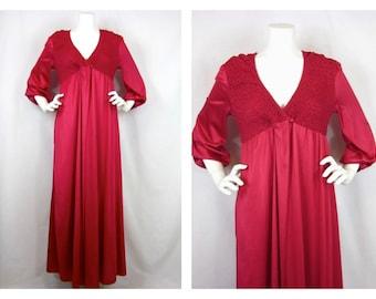 Vintage 60s Peignoir, Kayser Brand, Sz M / L, Gown and Robe, Smocked
