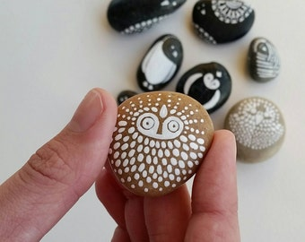 lucas - painted rock, art stone,  bird art, handmade