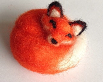 Needle Felted Animal: Sleeping Red Fox
