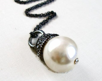 Large Pearl and Gunmetal Necklace - Vintage Inspired