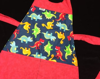 Childs Reversible  Dinosaur to jungle animals cotton apron fits 2-8 years